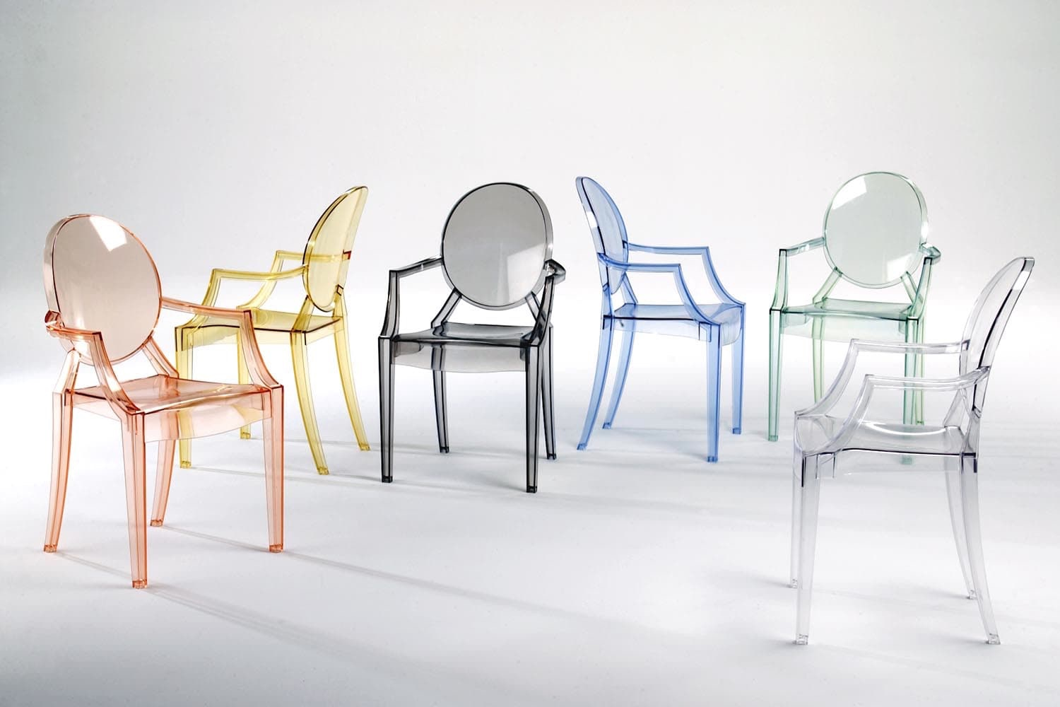 Louis Ghost Chair. Image courtesy of Kartell.