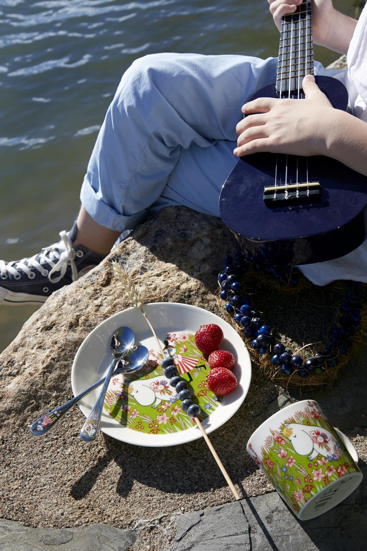Midsummer magic with Snorkmaidenceramics collection.Image© Fiskars Finland.