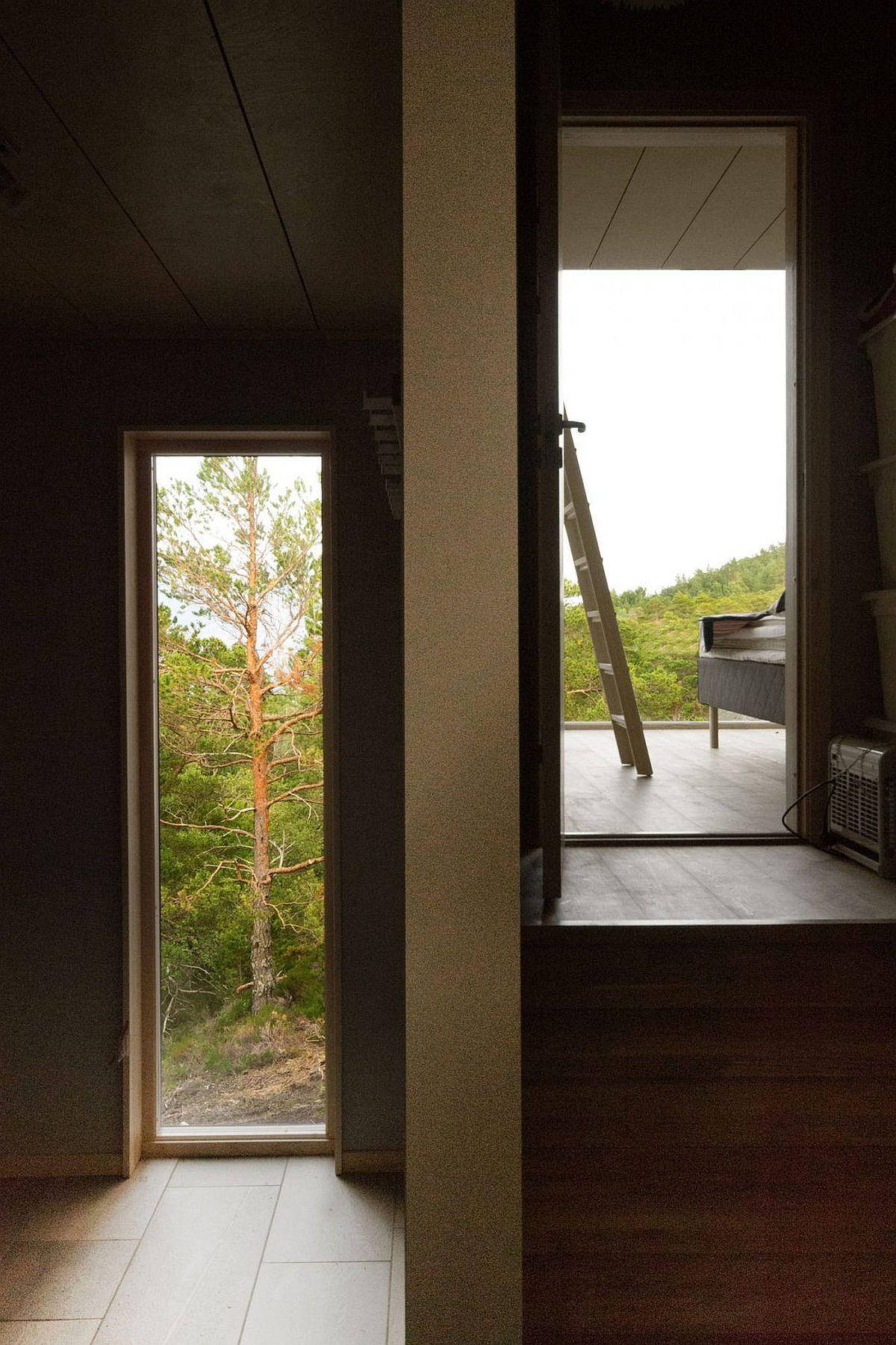 Smart Norwegian cabin with ocean views and Scandinavian style