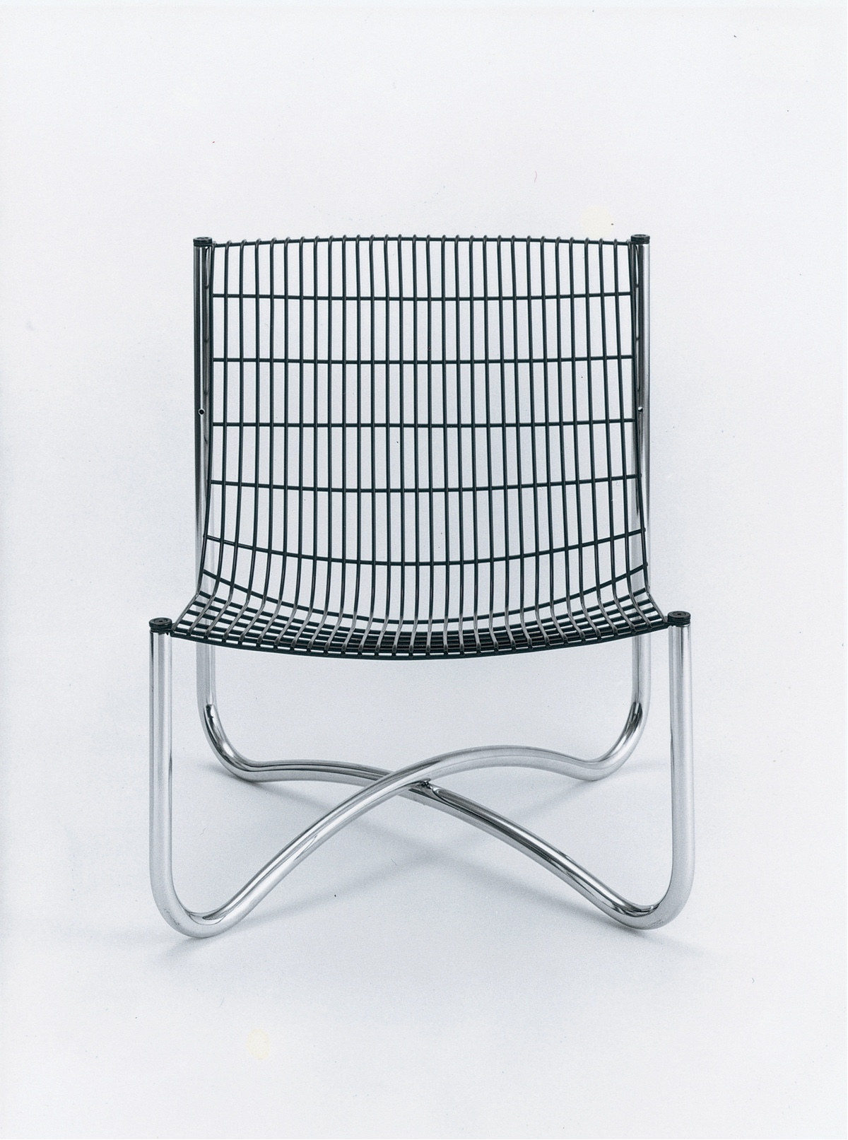 Abacus 700 outdoor chair. Image via Alistair Welch.