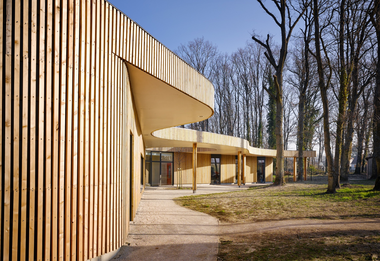 School in Briis-sous-Forges