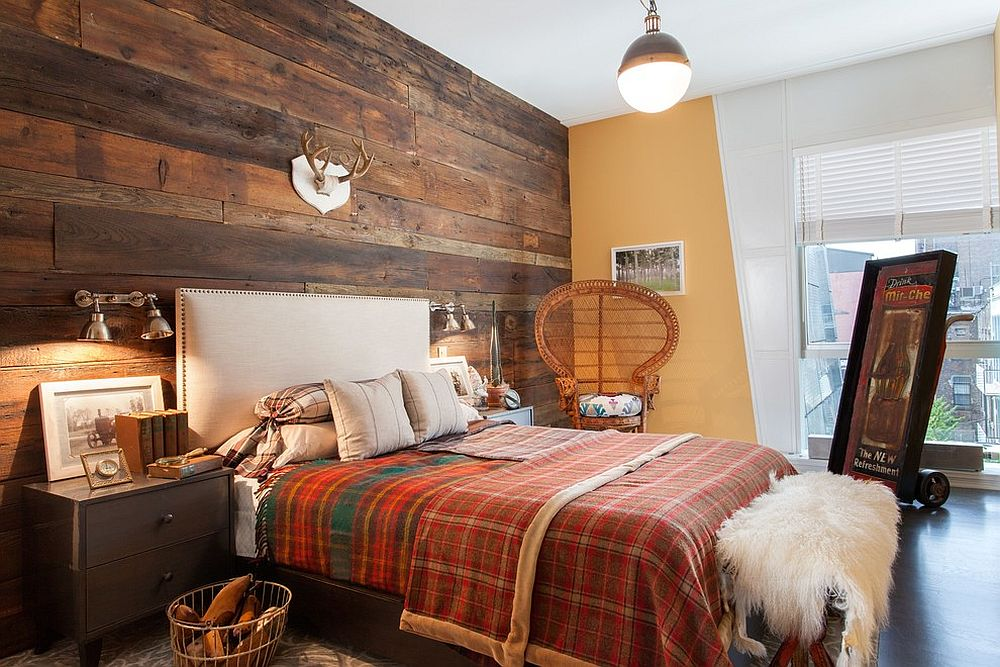 Fabulous bedroom with rustic and shabby chic styles rolled into one