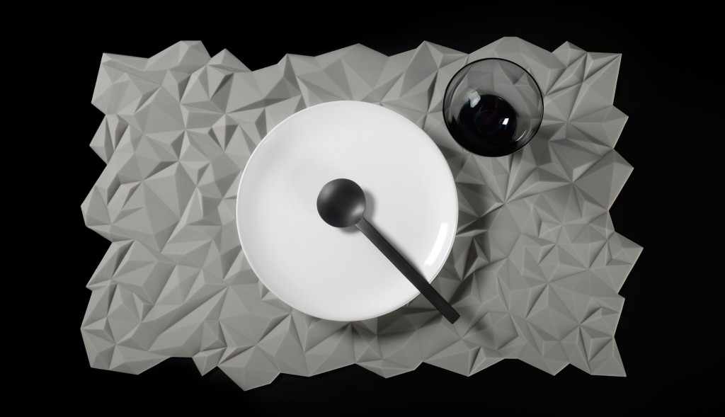 Facet placemat by Finell