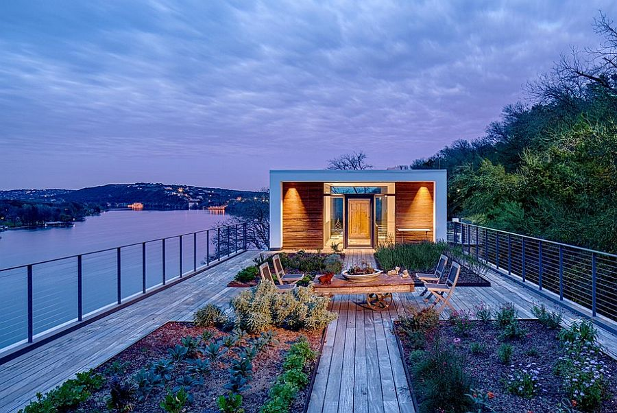 Beautiful rooftop garden and entry of Cliff House