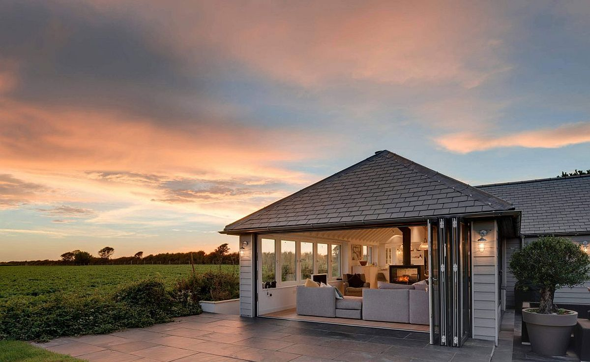 Dreamy and fabulous coastal style private home in South Hams, England