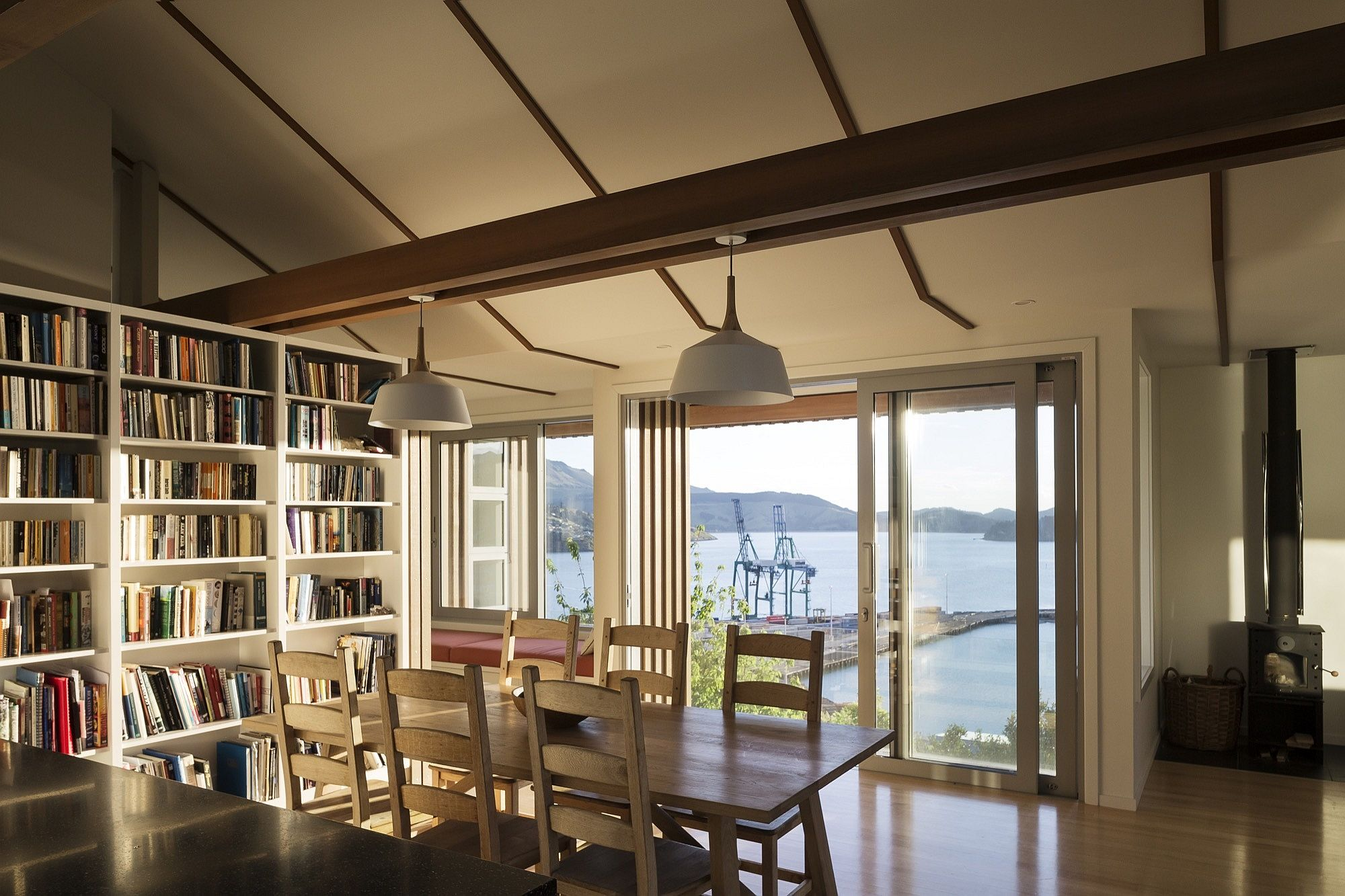 View ofthe ocean from the kitchen and living room