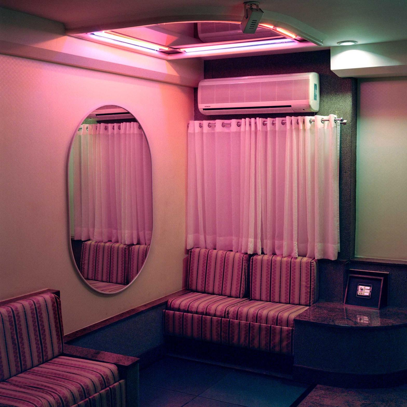 Love motels 1