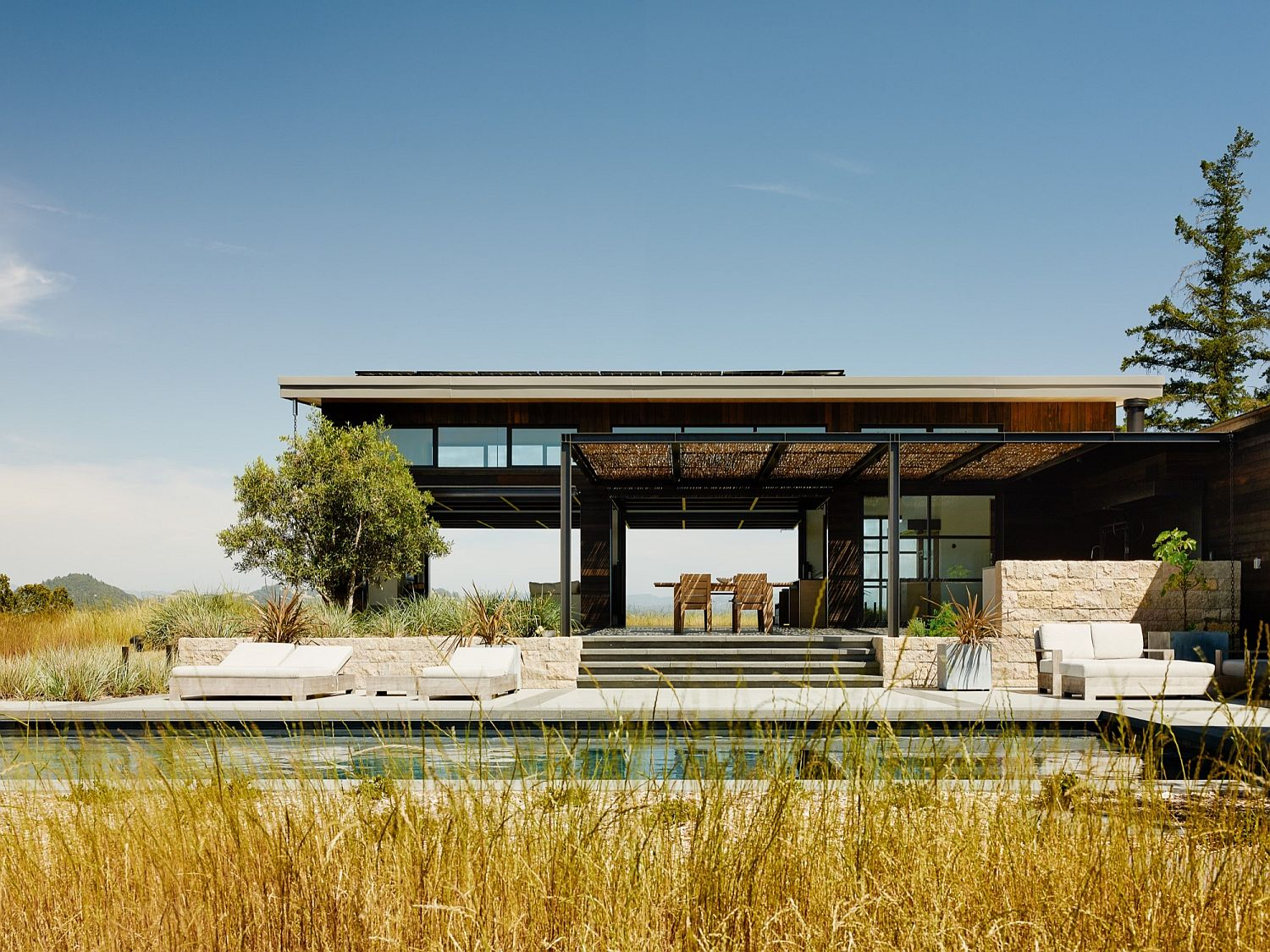 Open and relaxing Healdsburg I deisgned by Feldman Architecture