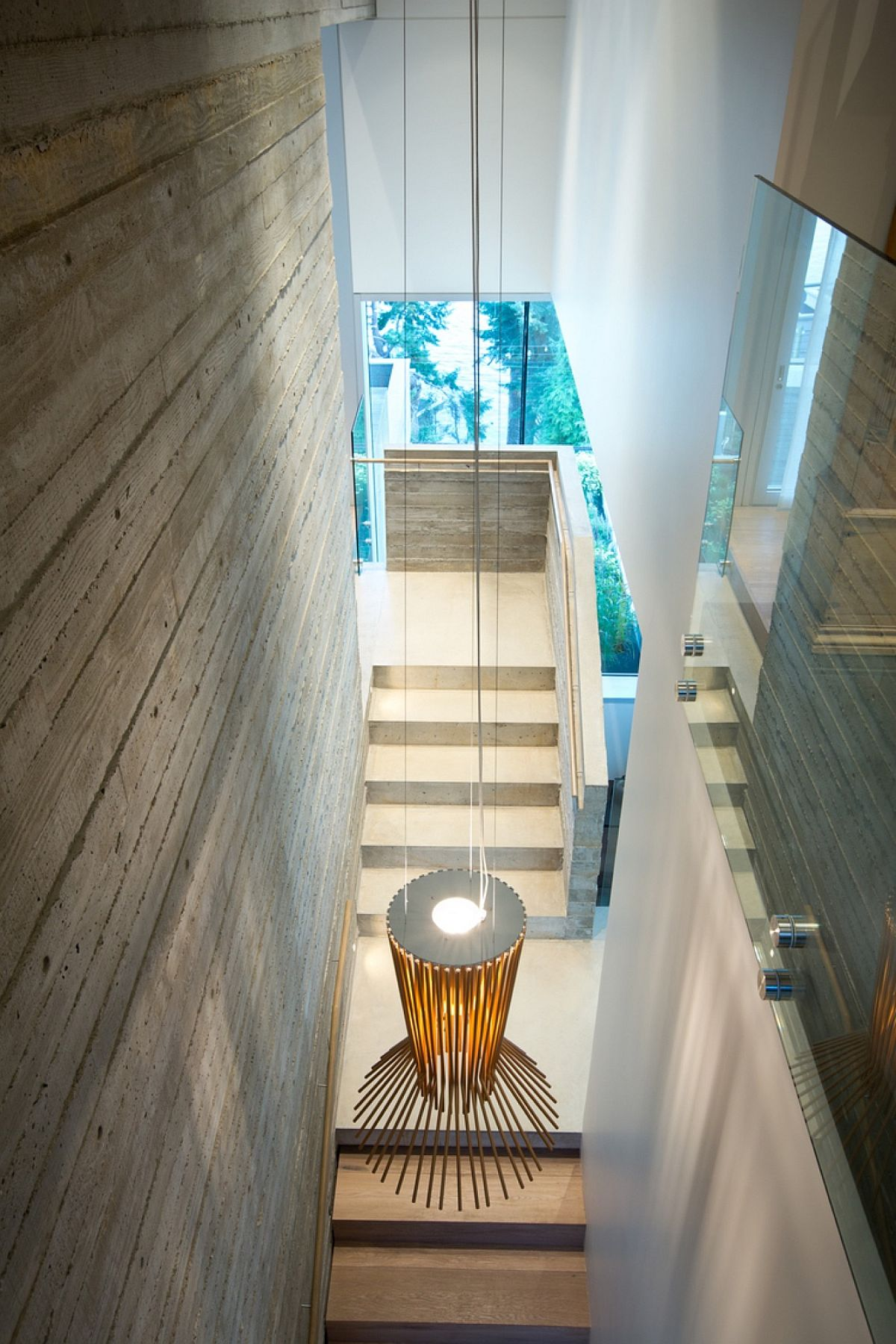 Pendant light used to illuminate the stairway in style