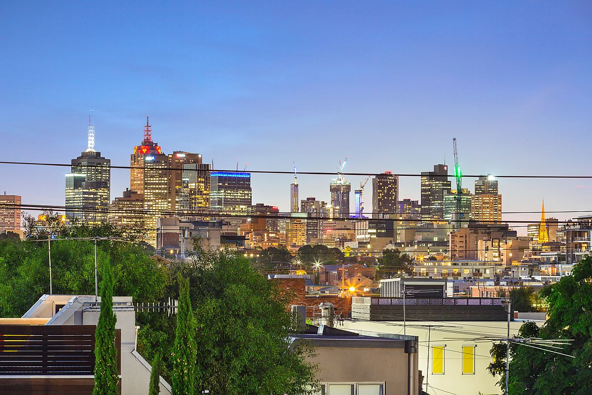 View of sparkling Melbourne skyline from the Glasshouse Street Warehouse residence