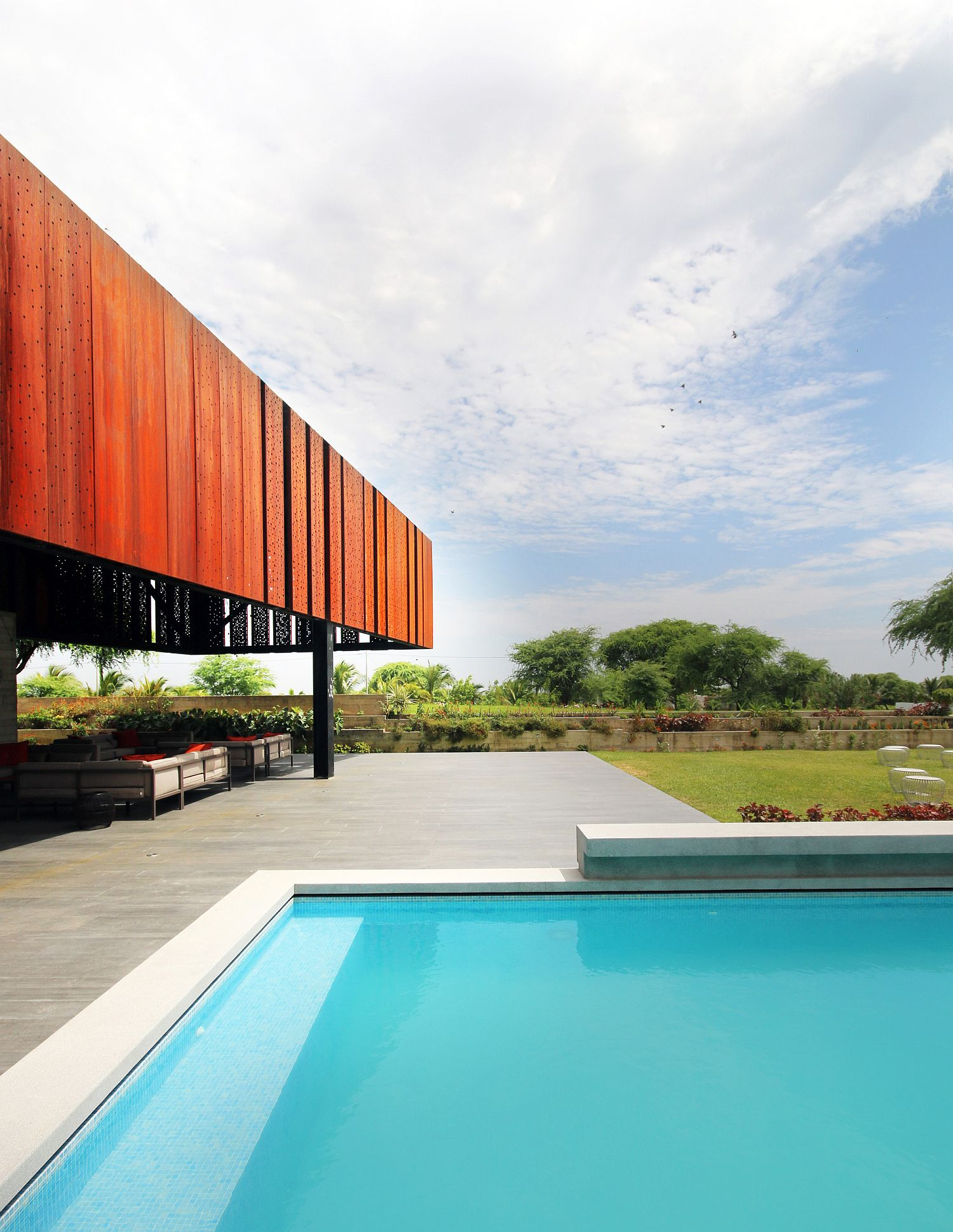 Pool area and outdoor ranch at the Peruvian holiday home
