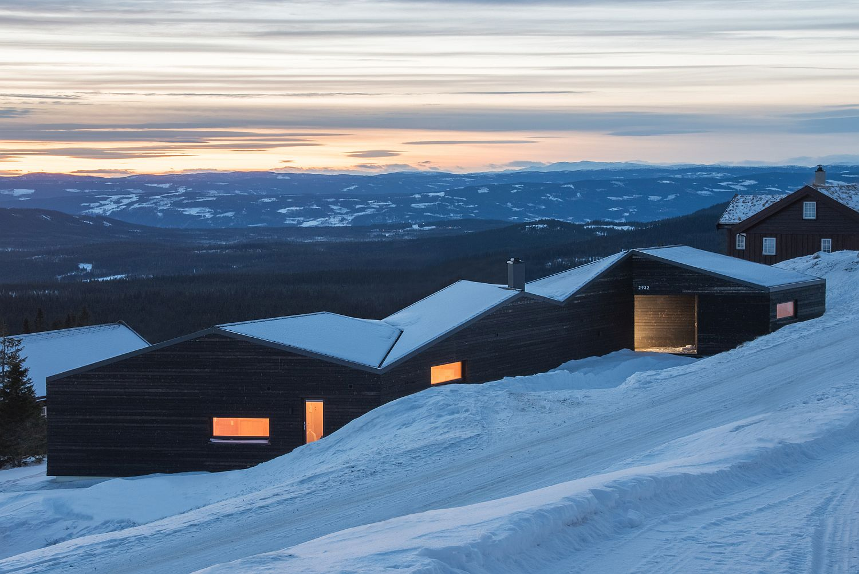 Modern minimalism meets Scandinavian simplicity at the Cabin