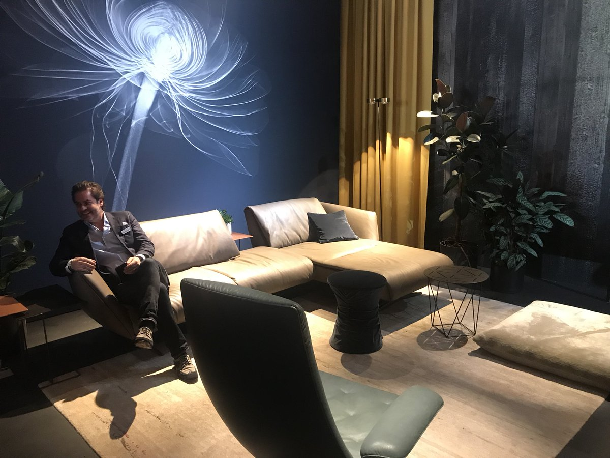 Luxurious living room decor from Walter Knoll