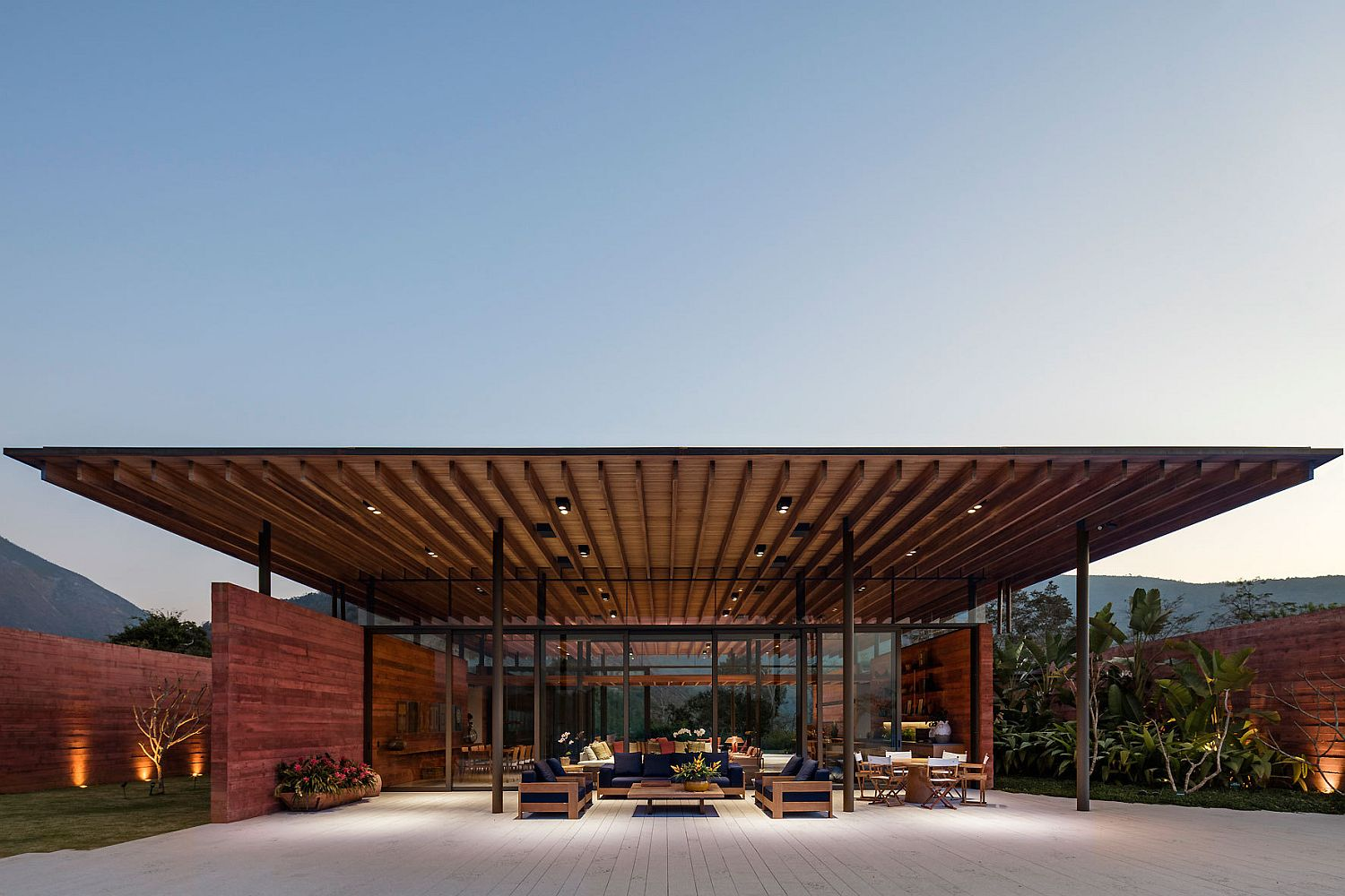 Casa Terra in Brazil created from intersecting planes and walls