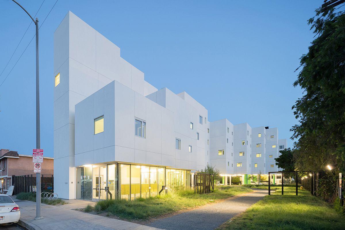 Contemporary energy-efficient apartment complex in LA