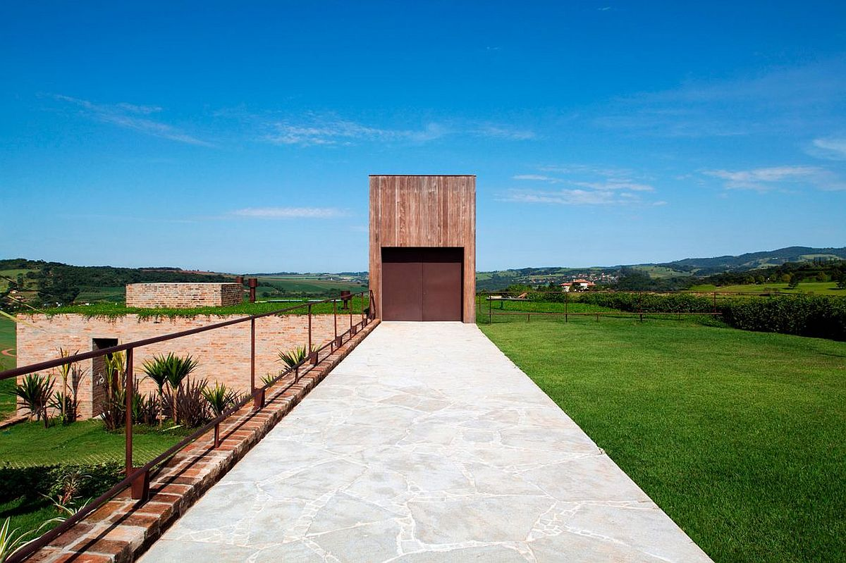 Cor-ten steel door for the home gives it a n interesting visual