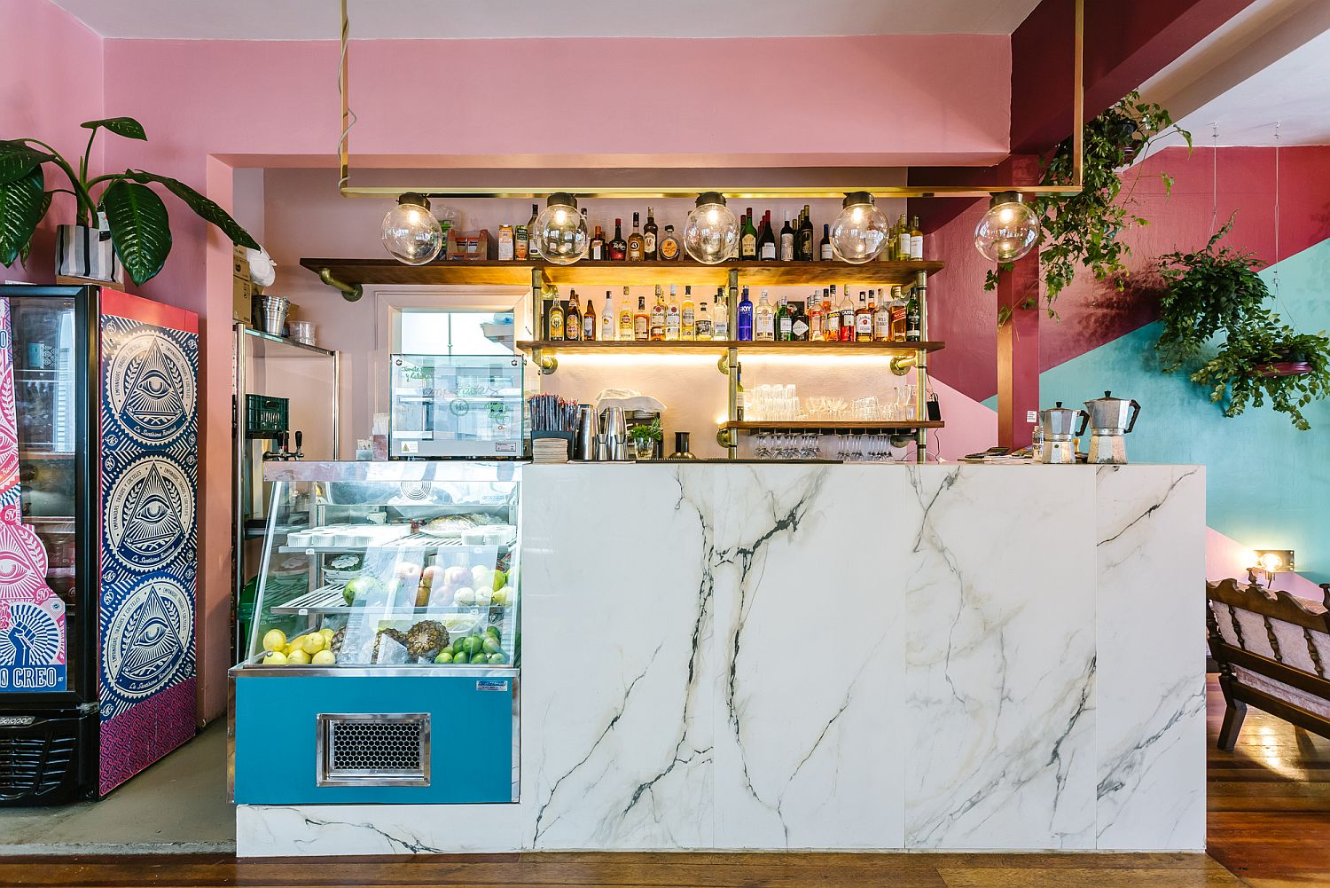 Marble and pink create a lovely and vivacious cafe interior