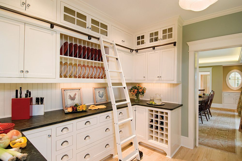 Modern kitchens with traditional overtones are great places to bring in the classic plate rack