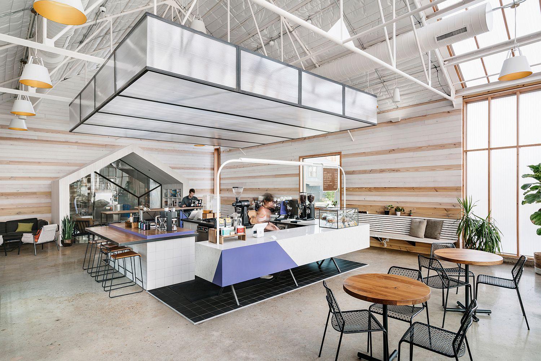 Spacious and engaging bar area design