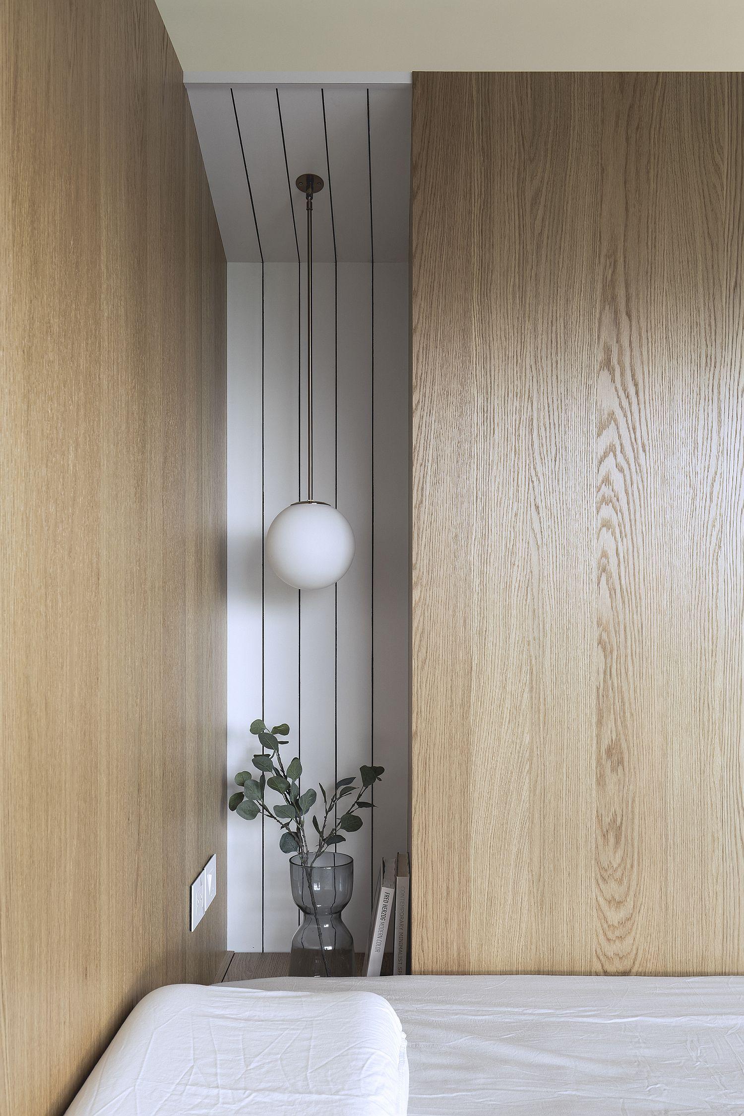 Decorating the bedroom corner in minimal style