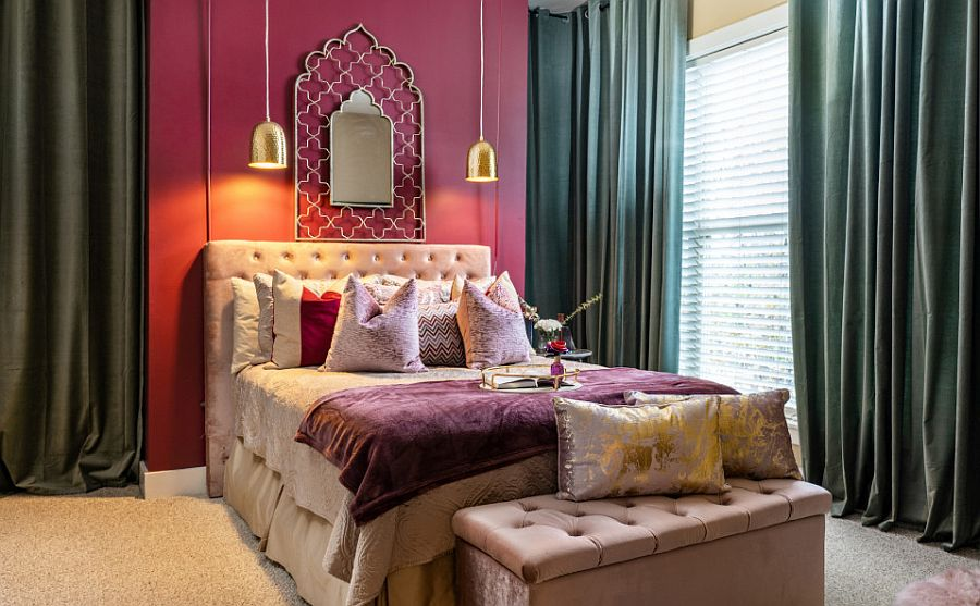 Delightful combination of pink and gray in the bedroom
