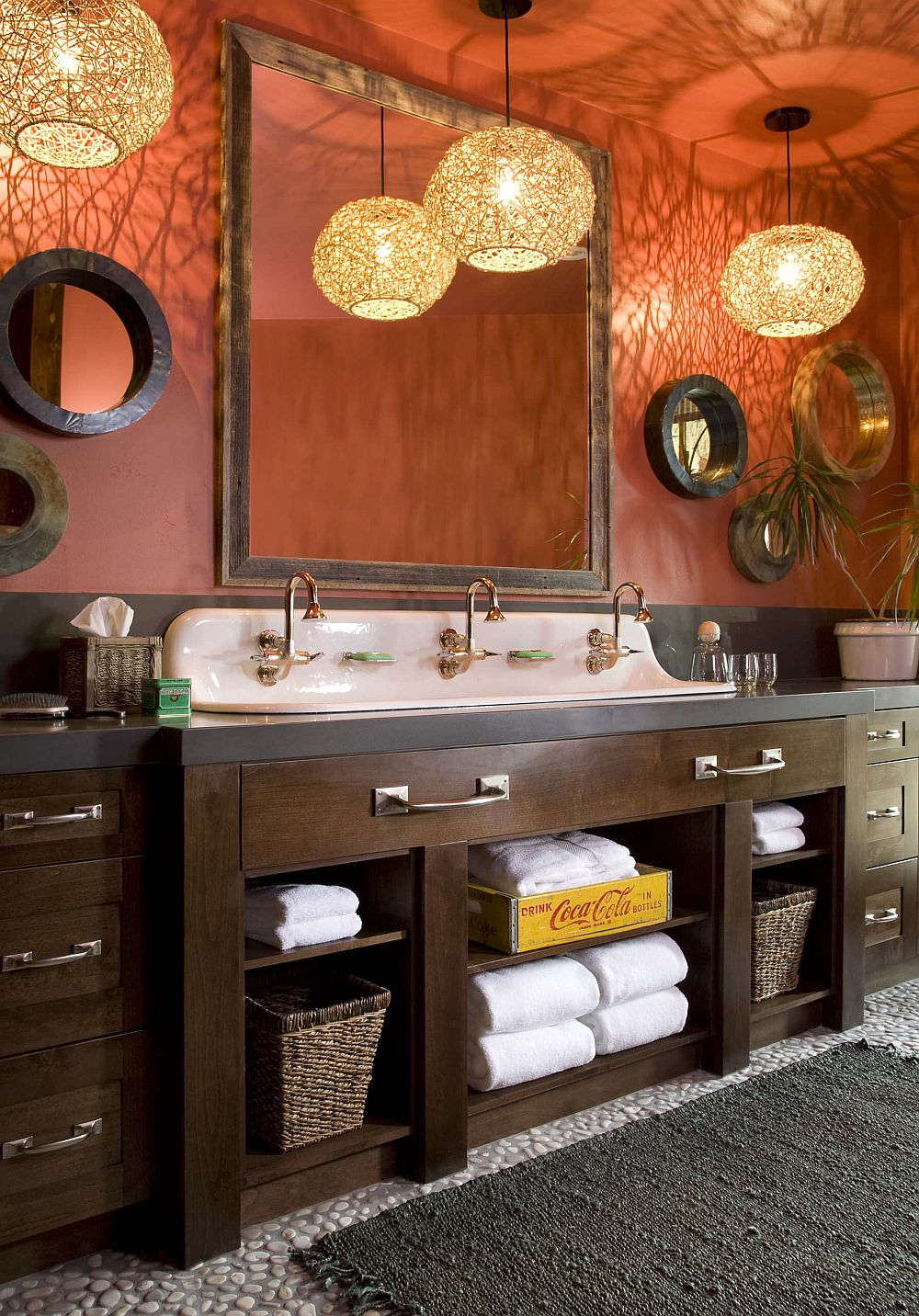 Lighting adds a brilliant appeal to the bathroom in orange