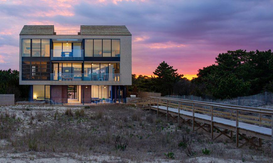 Sandwiched Between Lake and Atlantic Ocean: Fabulous Beach House in Delaware
