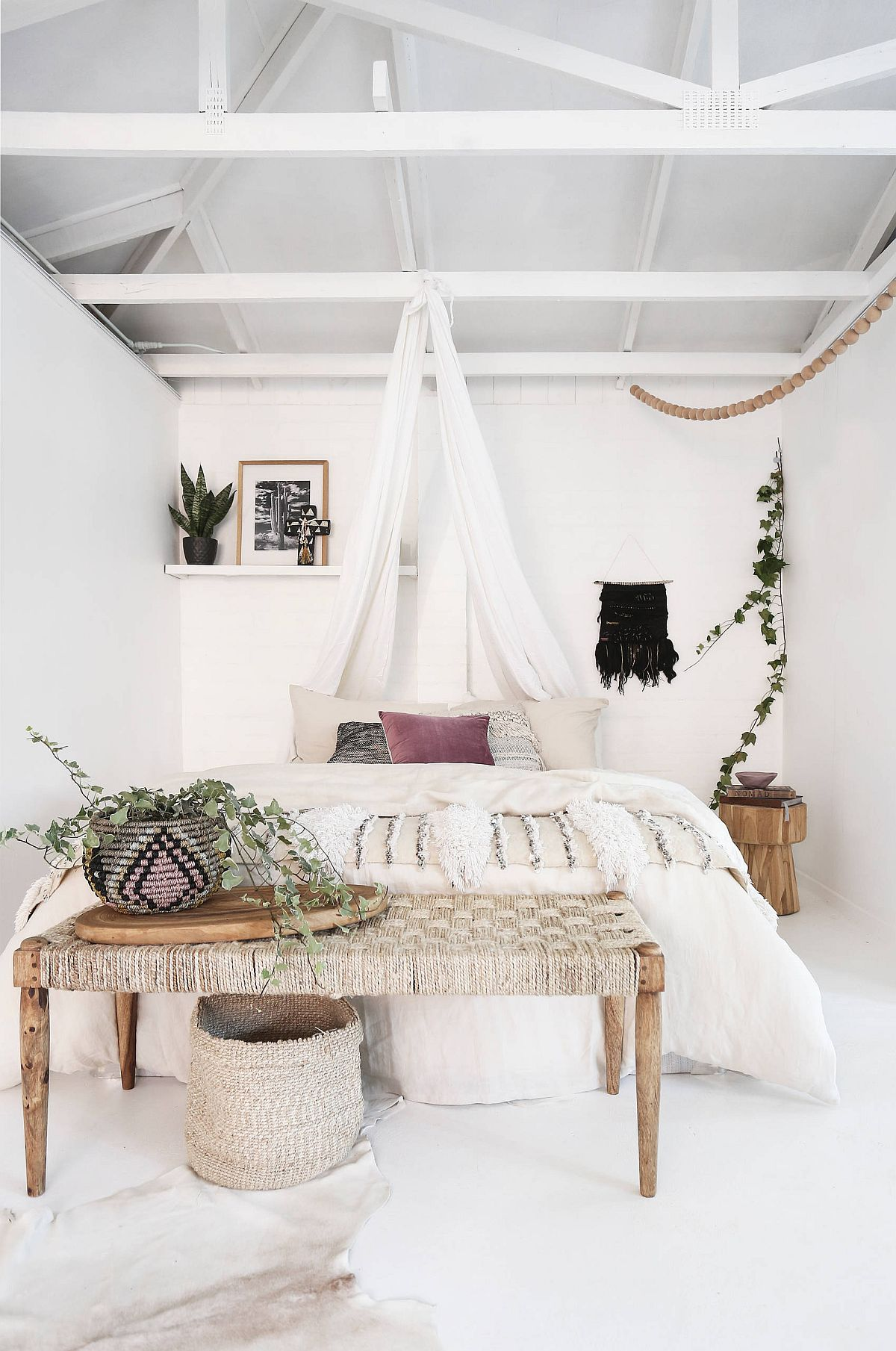 Bohemian beach style bedroom is easy on the eyes and senses